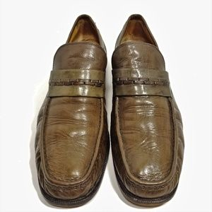 Beaiutful Handcrafted Olive Green Loafers Sz 10M